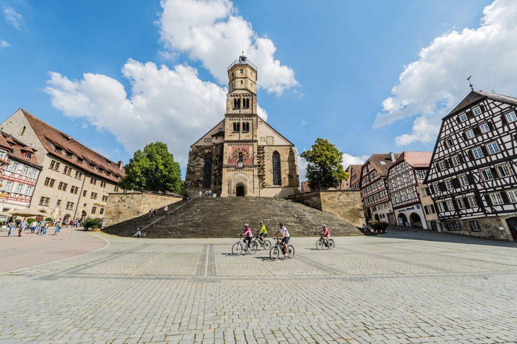 Eine Etappe entlang des Kocher-Jagst-Radwegs führt Fahrradfahrer in die ehemalige Freie Reichsstadt Schwäbisch Hall.