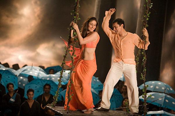 為什麼印度電影「常常出現跳舞畫面」...跳好跳滿原因曝光:歌比劇情紅