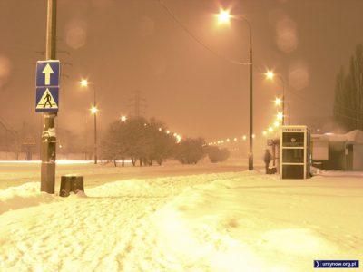 Przystanek przy Centrum Onkologii, ulica Pileckiego w kierunku Puławskiej. Zdjęcie: Konrad Grodzki