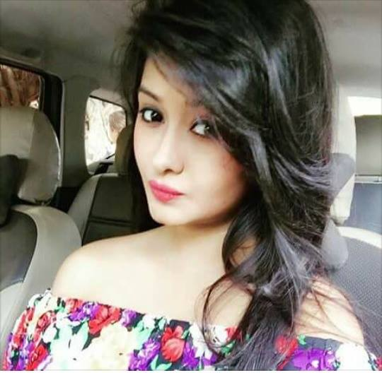 Cute and Stylish DP for Girl