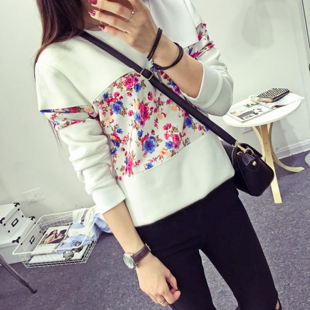 New Stylish Girls Fashion in Sweatshirt Suit