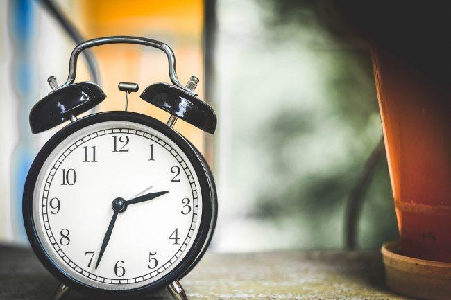 Shkurtim i kohës dhe i vlerave