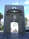 Puerta de la Ciudadela Colonial