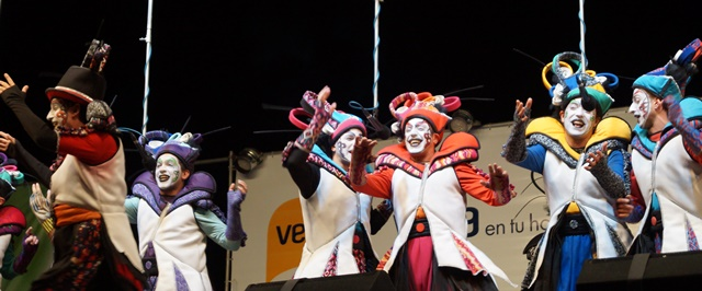gran-muneca-carnaval