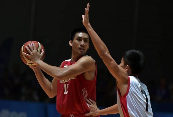 atlet basket indonesia ini bertinggi besar bernama ronaldo