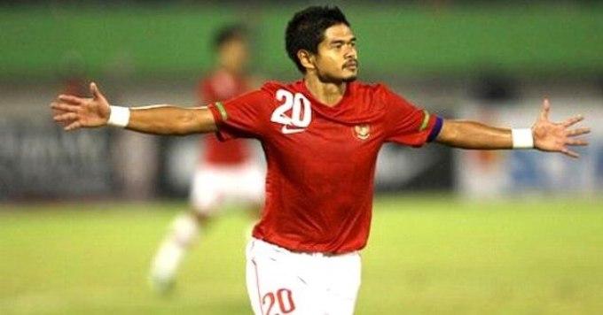 atlet indonesia ini pernah bermain di klub persija jakarta dan klub selangor
