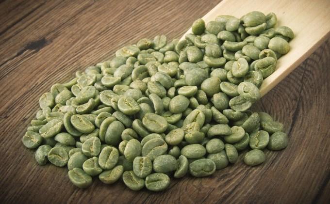 jual kopi hijau green coffe berbentuk biji dengan kandungan antioksidan