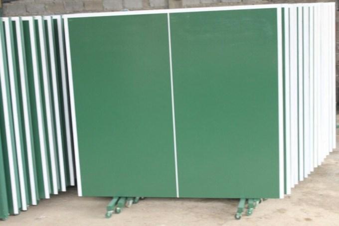 harga meja tenis tergantung bahan baris