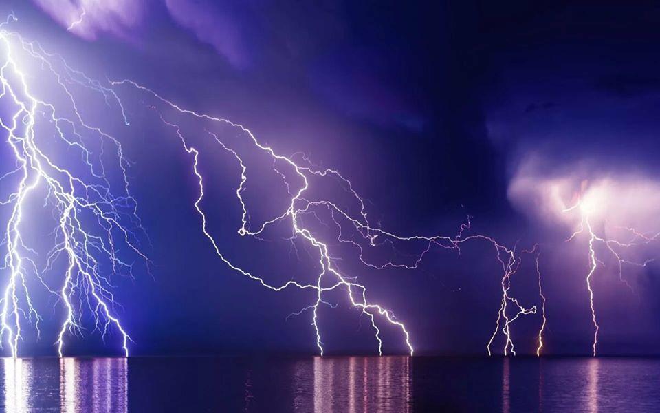 Природный феномен. Озеро Маракайбо и Молнии Кататумбо