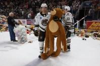 hershey-teddy-bear-toss-2019x - 8