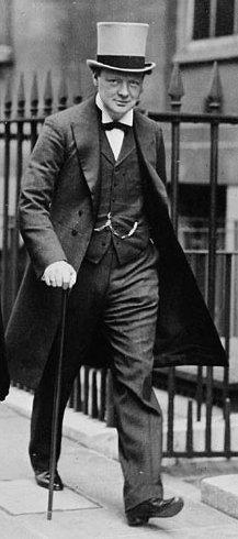 Winston Churchill verl sst das Geb ude der Admiralt t 1912