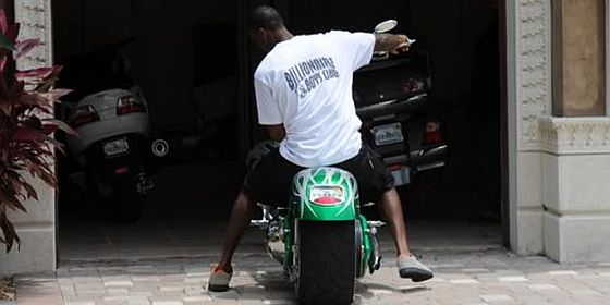 Plaxico Burress Motorcycle jets3