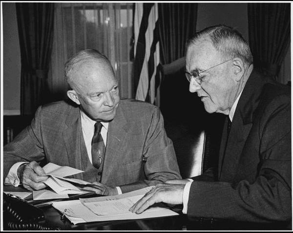 """שיטת פעולה להעברת חוק תמיכה בפליטים במזה""""ת בשנת 1951"""