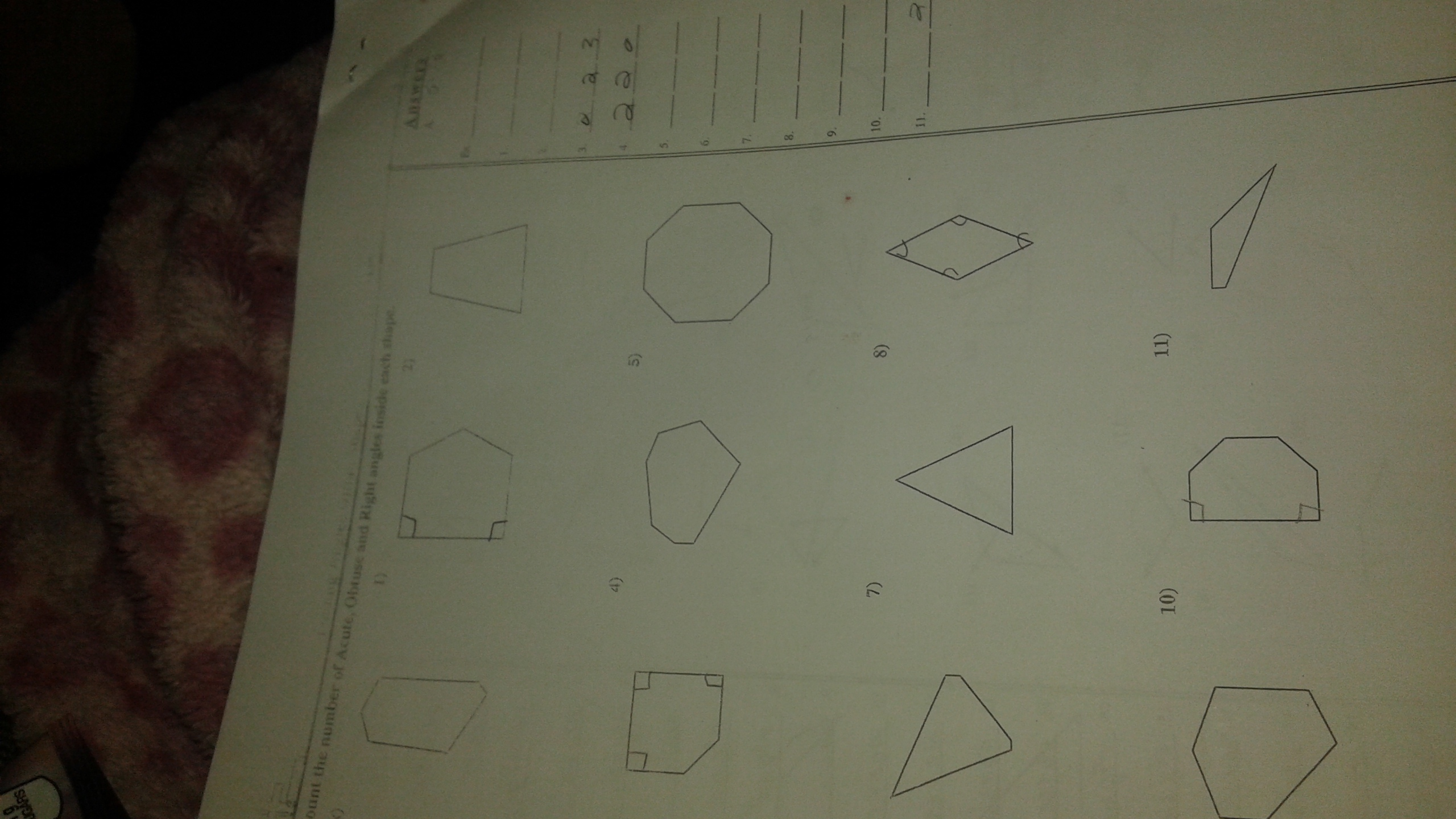 How Many Obtuse Acute Or Right Angles Are In Hese Shapes