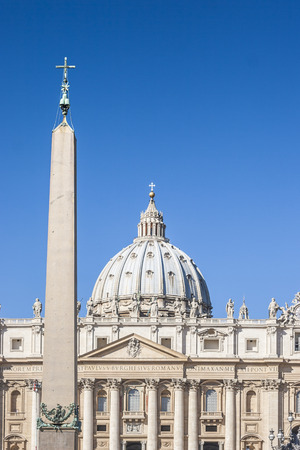 pope francis: Egyptian Obelisk at the St. Peter