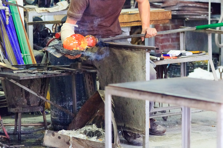 glass blowing workshop: Live glass manufacturing by an artisan