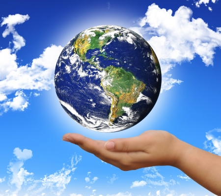 protect the world planet on the hand Stock Photo - 15361048