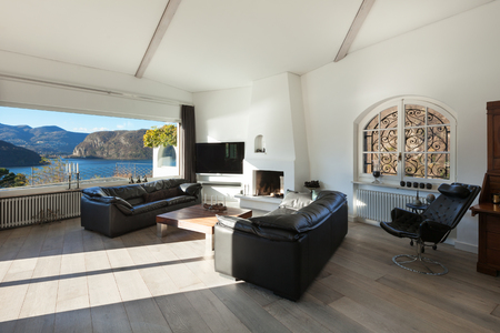 zimmer modern interieur des hauses moderne und komfortable ... - Moderner Groer Kamin