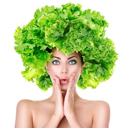 Surprised girl vert laitue coiffure. Notion régime amaigrissant Banque d'images - 35403198