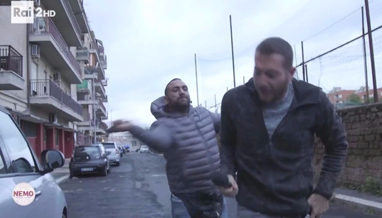 Roma' The most Feared Gypsy Gangster puts a TV reporter in