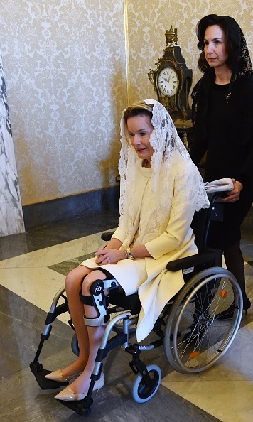 Queen Mathilde on crutches meets Pope Francis at the Vatican