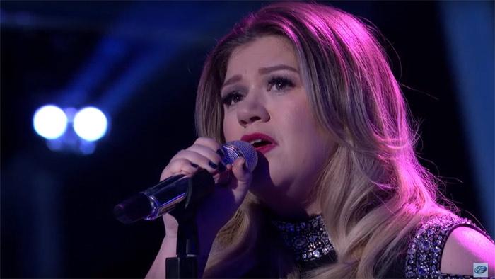 Kelly Clarkson Emociona A Todos Hasta Las Lágrimas