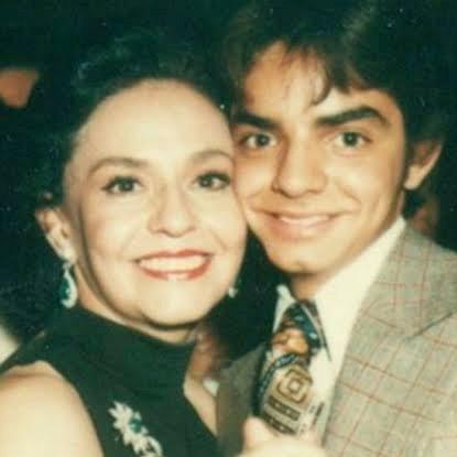 Eugenio Derbez y su mamá