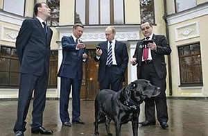 Koni, la mascota del primer ministro ruso, Vladimir Putin / Reuters