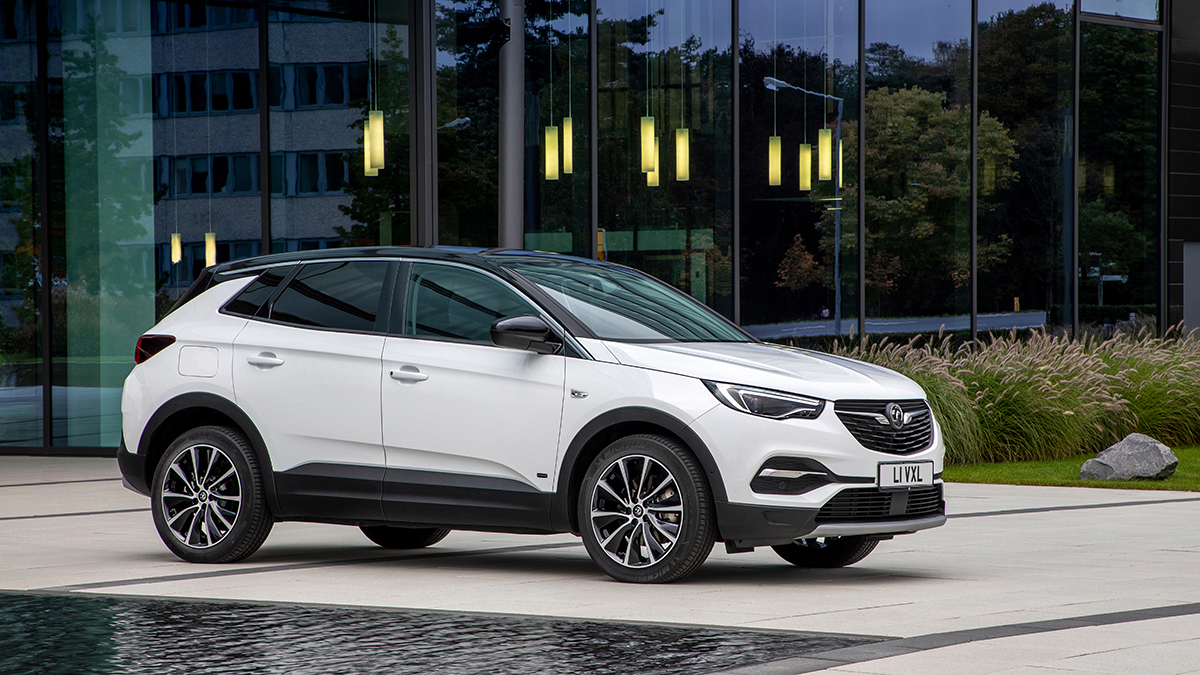 Vauxhall Adds Grandland X Hybrid With Front Wheel Drive To