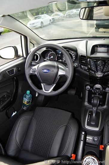 [試駕] Ford Fiesta 1.0L Ecoboost 吃了會上癮的嗆辣小辣椒 012