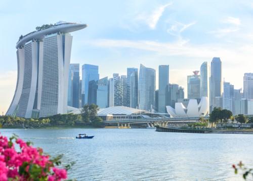 iStock Singapore 614242134%20(500%20x%20358) - Singapore Life snaps up Zurich's portfolio