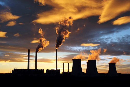 iStock pollution 647849788%20(500%20x%20334) - Lloyd's Corporation reveals coal divestment plan