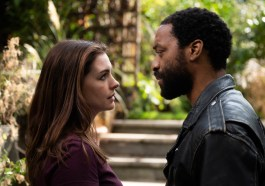 'Locked Down' Review: Anne Hathaway and Chiwetel Ejiofor Excel as a Couple in Lockdown in Doug Liman's Up-to-the-Minute Pandemic Drama