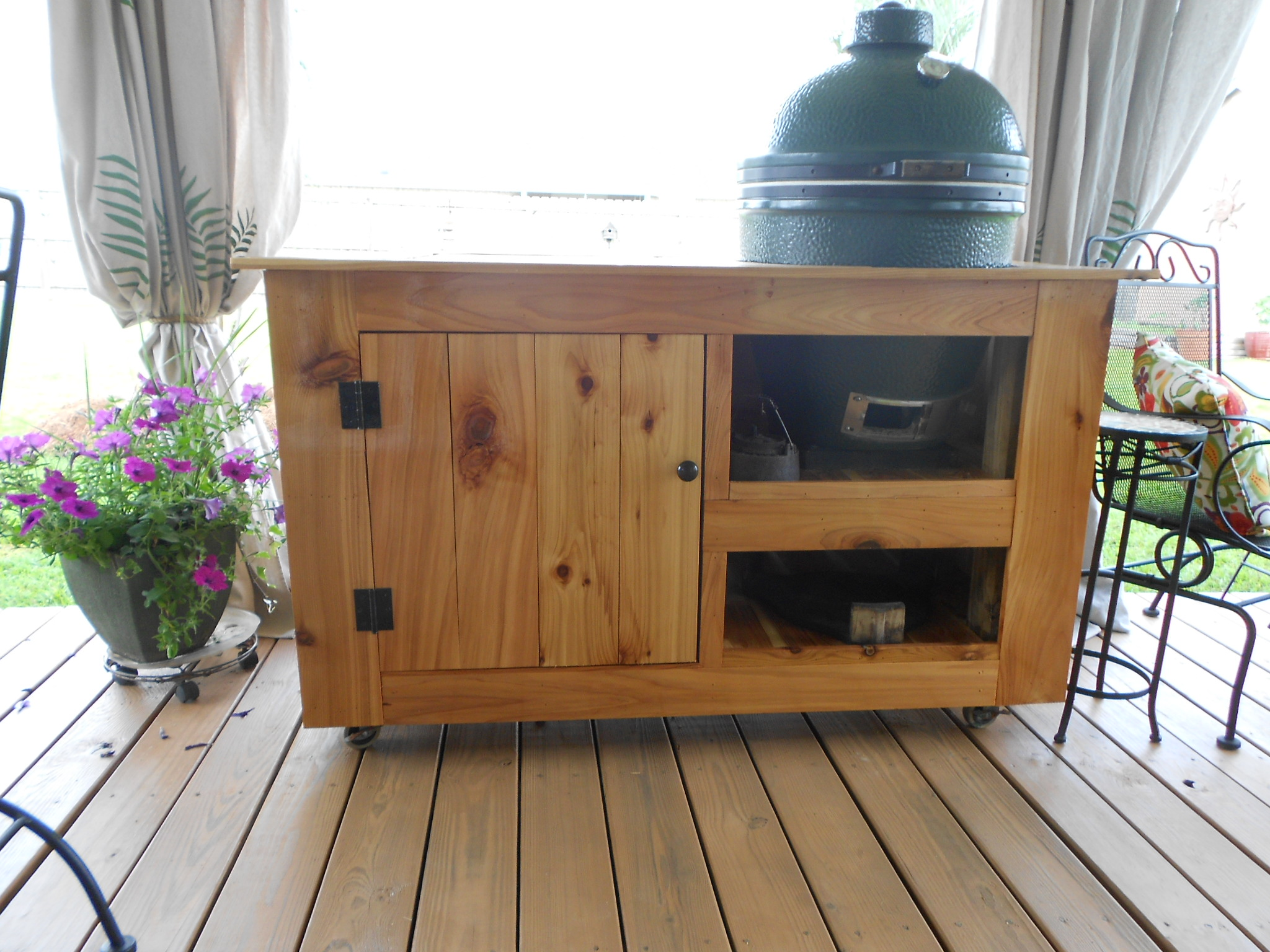 Xl Big Green Egg Table Plans With Doors