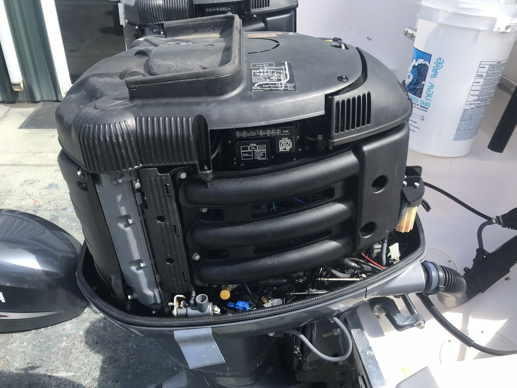 hight resolution of 2006 yamaha f250 outboard 25 1450 hours good condition 2 sets of controls harness gauges prop etc 8000 00 obo call or text 941 650 0677