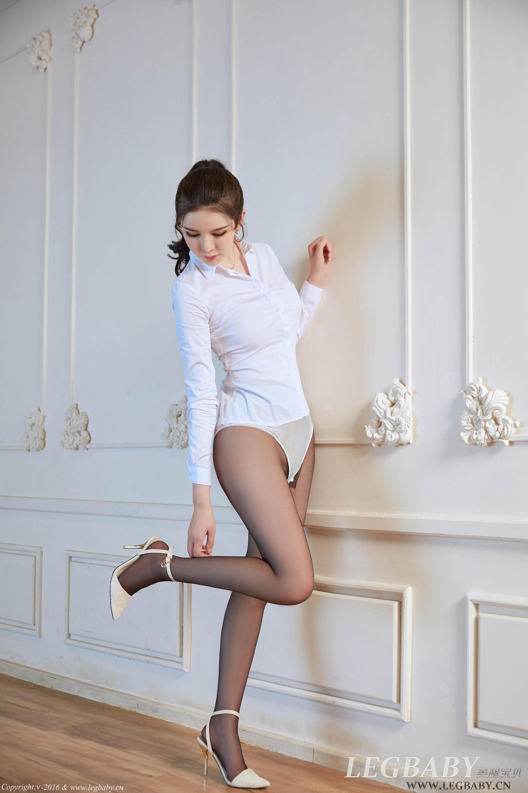 美腿寶貝-李麗莎 – 淘兔樂園