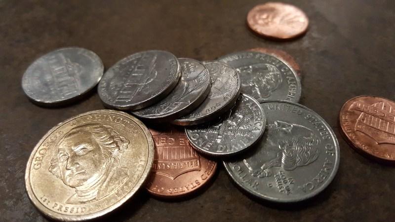 bargeld oder kreditkarte - Münzen