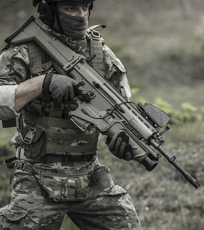 FN SCAR - The world's best machine gun