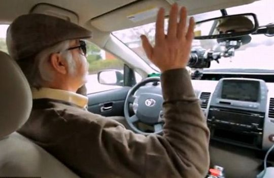Look, ma, no hands! A legally blind man tested out Google's self-driving car in 2012. Photo: ##http://byteandchew.com/best-of-2012-8-rise-of-the-self-driven-car/##Byte and Chew##