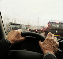 Long commutes impact voting behavior, a new study finds. Image: ##http://journalistsresource.org/studies/environment/transportation/commuting-distance-fitness-metabolic-risk## Journalist's Resource##