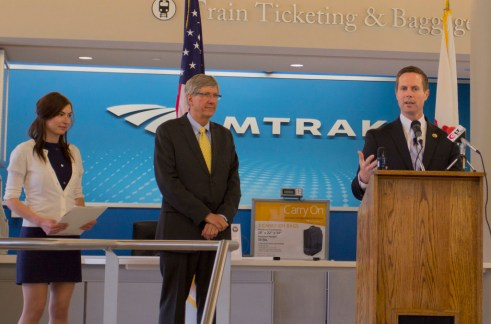 U.S. Representative Rodney Davis (R-IL) introduced the legislation alongside Chris Koos, mayor of Normal, Illinois, introduced the new bill last month. Photo: Transportation for America