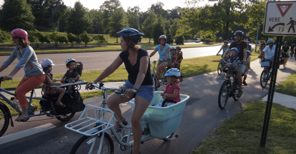 A proposed state bill in Tennessee would put cyclists and pedestrians at risk. Photo: Bikelaw.com