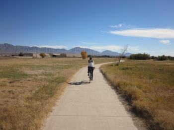 Trails like this one, along the Rio Grande, will connect the El Paso region, thanks to funding from the El Paso Metropolitan Planning Organization. Photo: El Paso Southwest