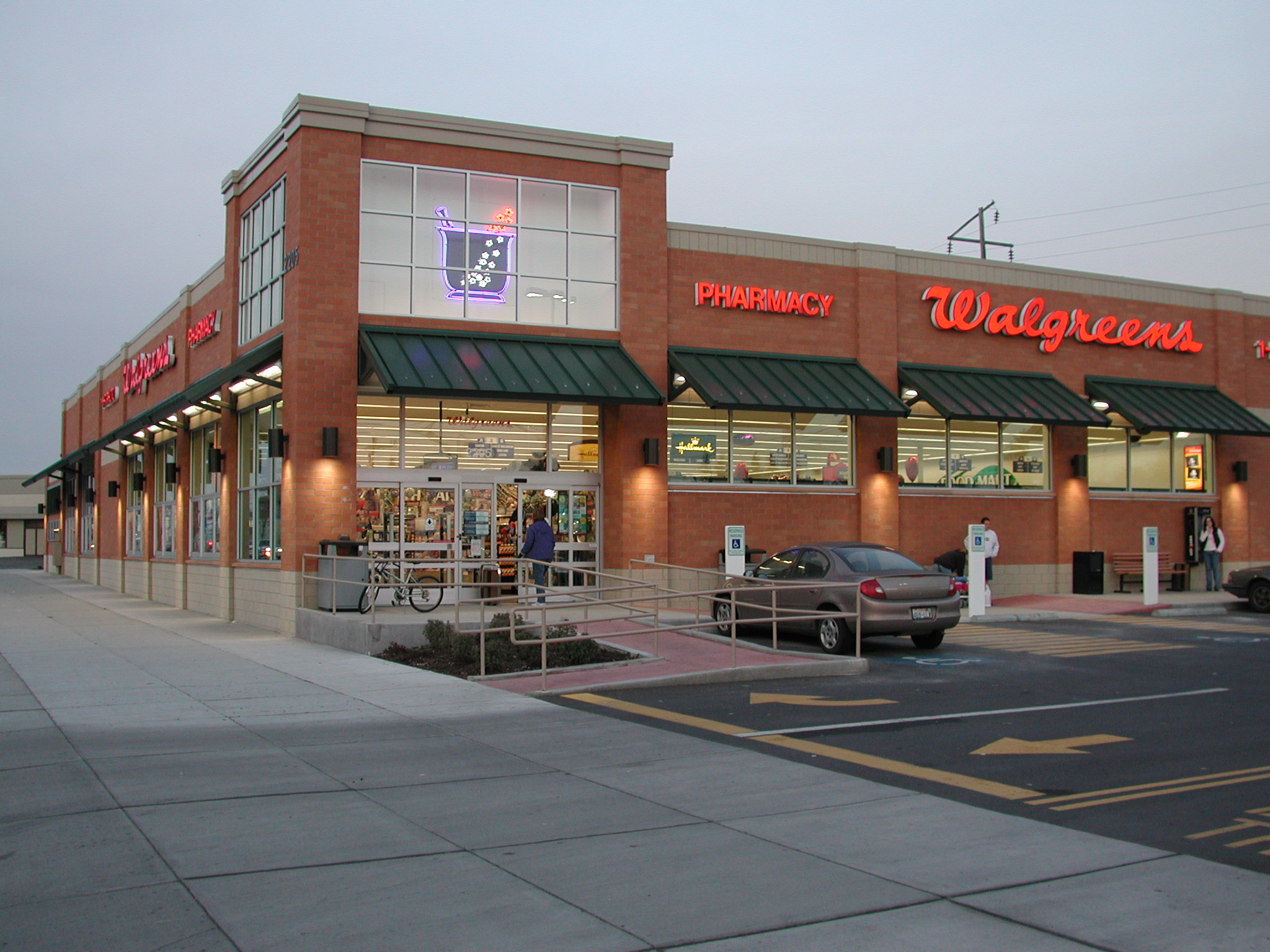 For your health, wellness, and pharmacy needs, a Walgreens near you can help. The drugstore has a history dating back to , making it a name customers trust. It is now part of Walgreens Boots Alliance. Based in Deerfield, Illinois, there are over 8, stores across the country. Use our Walgreens store locator to find one now.