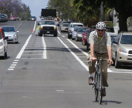 San Diego now has two buffered bike lanes. Photo: BikeSD