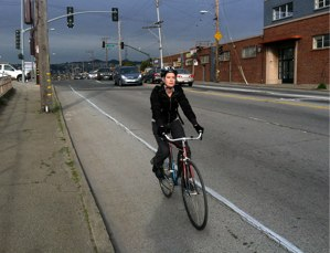 There's room to improve 3-foot passing laws, like the one that takes effect in California today. Photo: ##https://www.flickr.com/photos/sfbike/7000434589/in/set-72157629263668356/##SF Bike Coalition/Flickr##