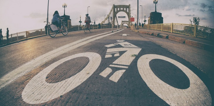 """The """"City of Bridges"""" is becoming a better place for cyclists. Photo: Mobility Lab"""