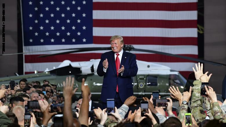 Photo of ترامب يصدر عفوا رئاسياً عن 3 عسكريين بقضايا جرائم حرب