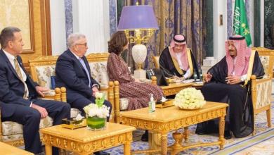 Photo of مديرة الإستخبارات تلتقي العاهل السعودي