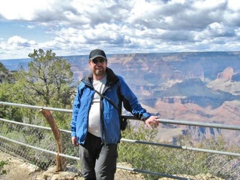 Mein langjähriger Traum ist wahr geworden. Ich stehe am Grand Canyon.